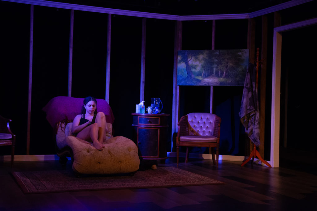 The Worst Mother in the World at Halcyon Theatre, photo by Tom McGrath